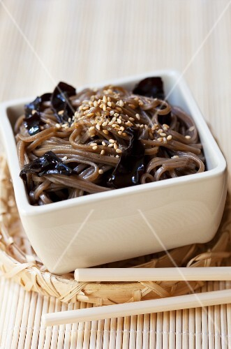 Soba noodles with jelly ear fungus and sesame seeds