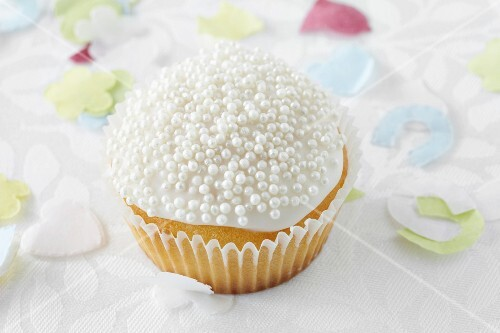 Cupcake with sugar pearls for a wedding