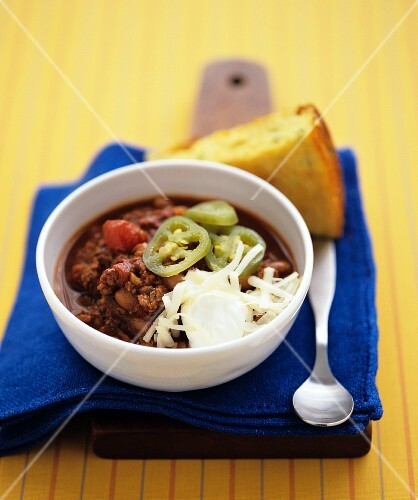 Chili con carne with jalapenos