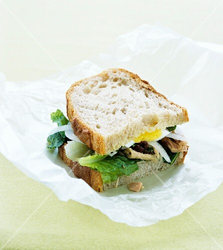 Tuna and egg sandwich