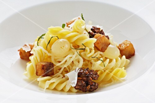 Herb pasta with grapes and calf's head