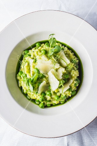 Risotto with peas and parmesan