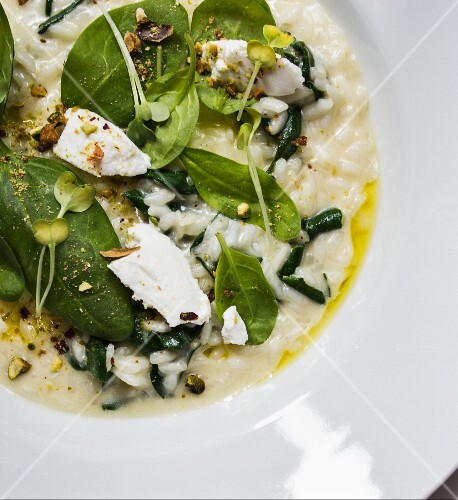 Ricotta spinach risotto with pistachios