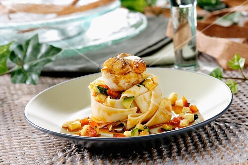 agliatelle with scallops, vegetables and sobrasada