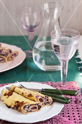 Pancakes with beetroot filling
