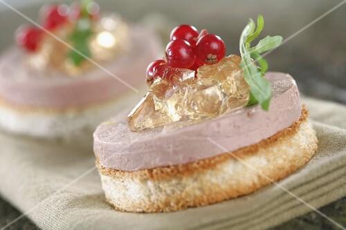 A foie gras canapé