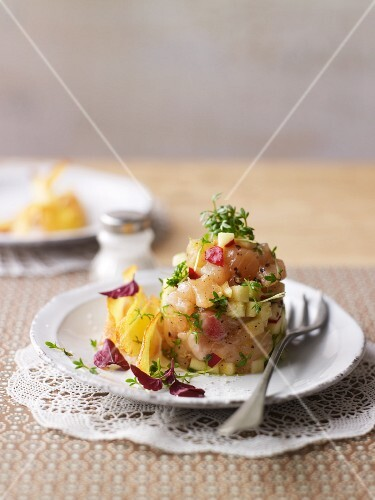 Tartare of char with cress and potato crisps