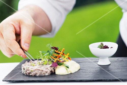 A salad of boiled beef with mayonnaise and a shallot chutney