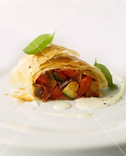 Vegetable strudel with tomatoes and courgette