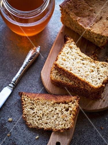 Gluten free corn-oat bread.