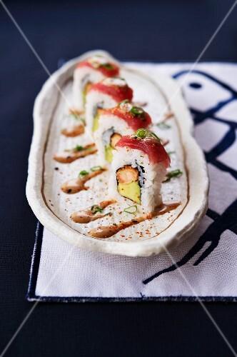 Acevichado maki sushi