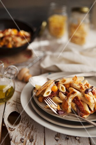 Penne with chicken, Kalamata olives, tomatoes and pine nuts