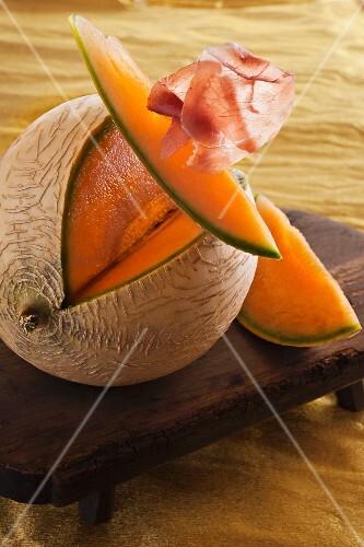 Cantaloupe melon with Parma ham