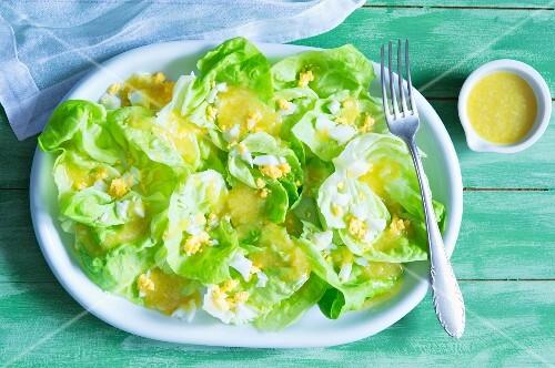 Lettuce with egg dressing