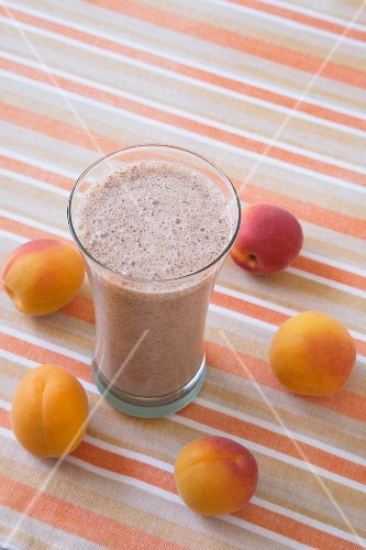 Apricot smoothie and fresh apricots