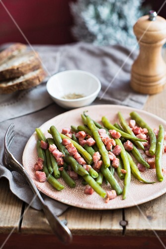 Green beans with bacon for Christmas