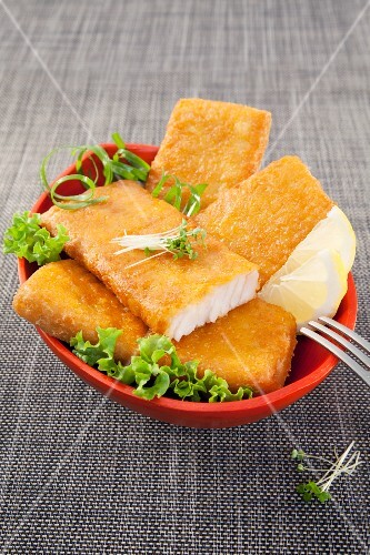 Deep-fried fillets of fish