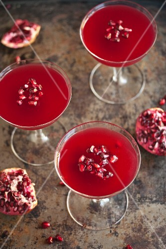 Pomegranate jelly with pomegranate seeds