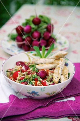 Quinoa salad with radishes and chicken breast