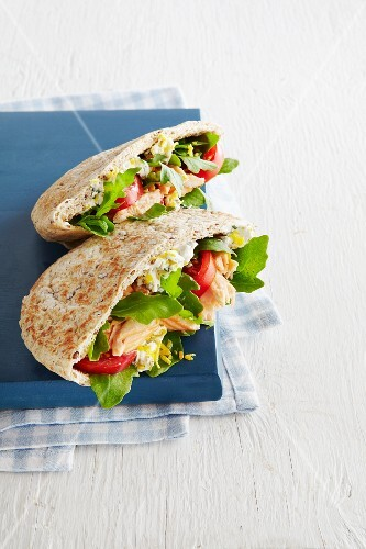 Salmon Pitas with Tomatoes, Arugula and Greek Yogurt