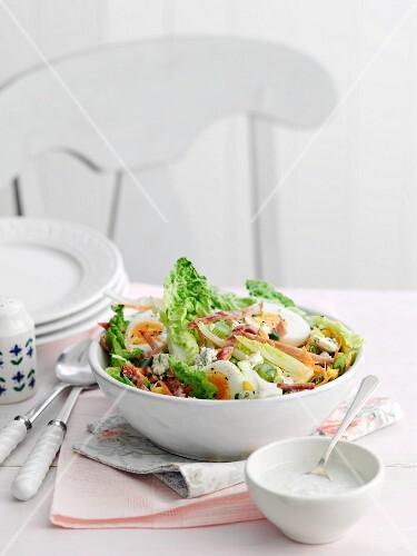 Cobb Salad with bacon and egg (USA)