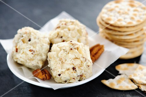 Best Cheese Ball Ever homemade Cheeseballs with Pecan nuts and Crackers