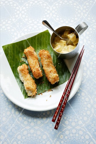 Fish fingers with coconut breadcrumbs (Asia)