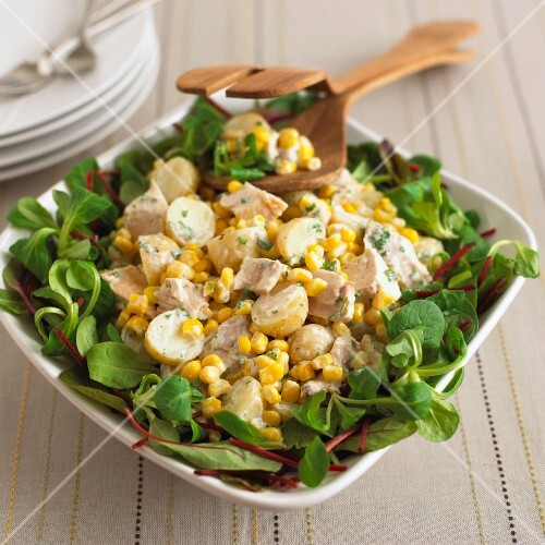 Potato salad with chicken, sweetcorn and lamb's lettuce