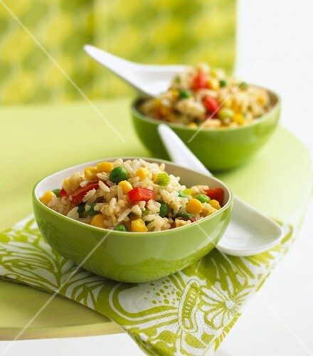 Fried rice with colourful vegetables
