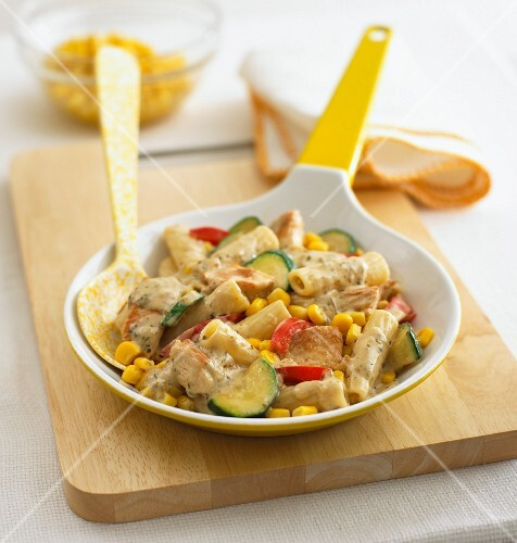 Pasta with turkey, sweetcorn and courgette
