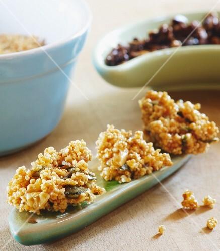 Healthy snack of puffed amaranth