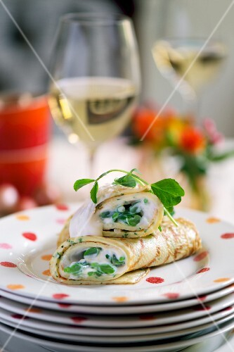 Pancakes filled with herb cream