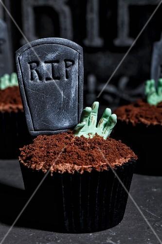 Gruselige Cupcakes für Halloween