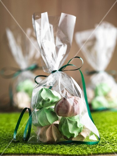 Gluten-free mini meringues, packaged as gifts