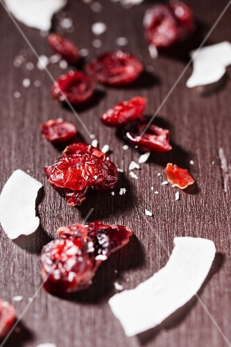 Cranberries and coconut shavings