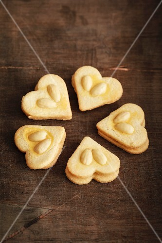 Home-made shortbread biscuits with almonds