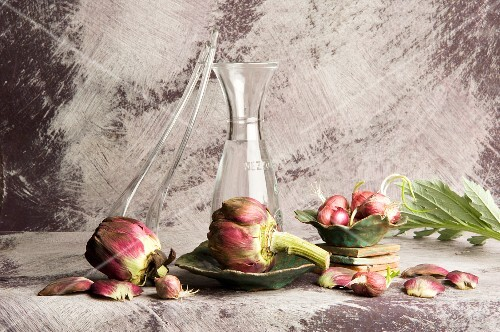 Artichokes and red onions