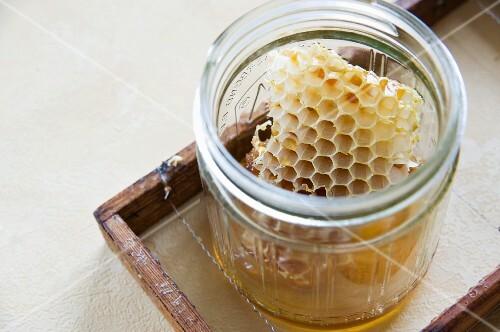 A honeycomb in a jar