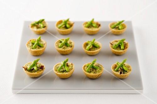 Asparagus and mushroom tartlets