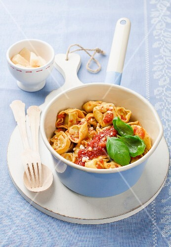 Tortellini with tomato sauce, basil and Parmesan
