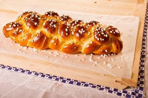 Bread plait with sugar crystals