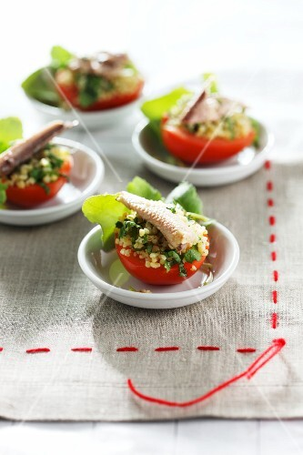 Tomatoes stuffed with sardines