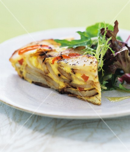 Potato and pepper frittata with a mixed leaf salad