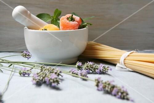 A Mediterranean arrangement featuring lavender and pasta