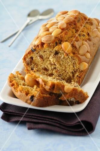 Almond cake with raisins, sliced