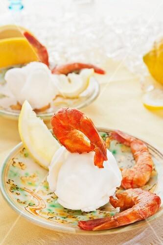 Smoked prawns on sour lemon sorbet