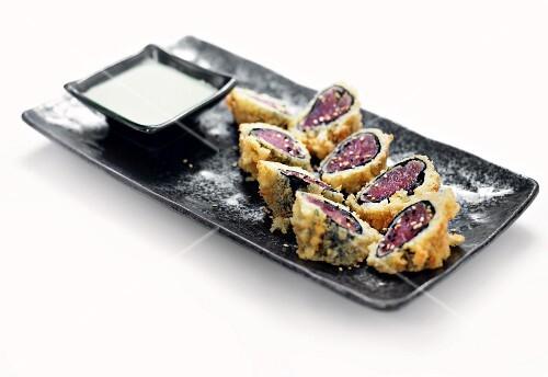 Mini fish appetisers in batter