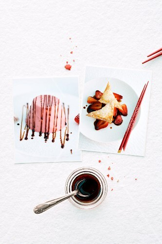 Goes well together: strawberries and balsamic vinegar