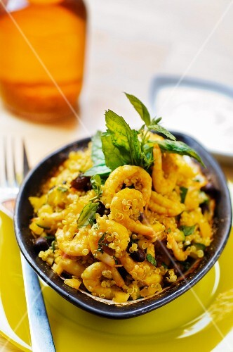 Prawns with quinoa and a lime dip