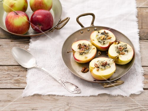 Baked apple with blue cheese and walnuts